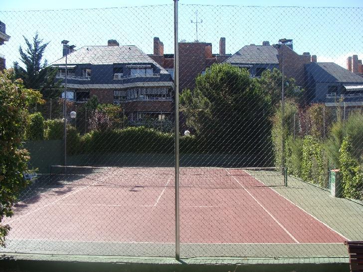 Piso las rozas de madrid alquiler 800 euros zona burgo for Alquiler de bajos con jardin en las rozas