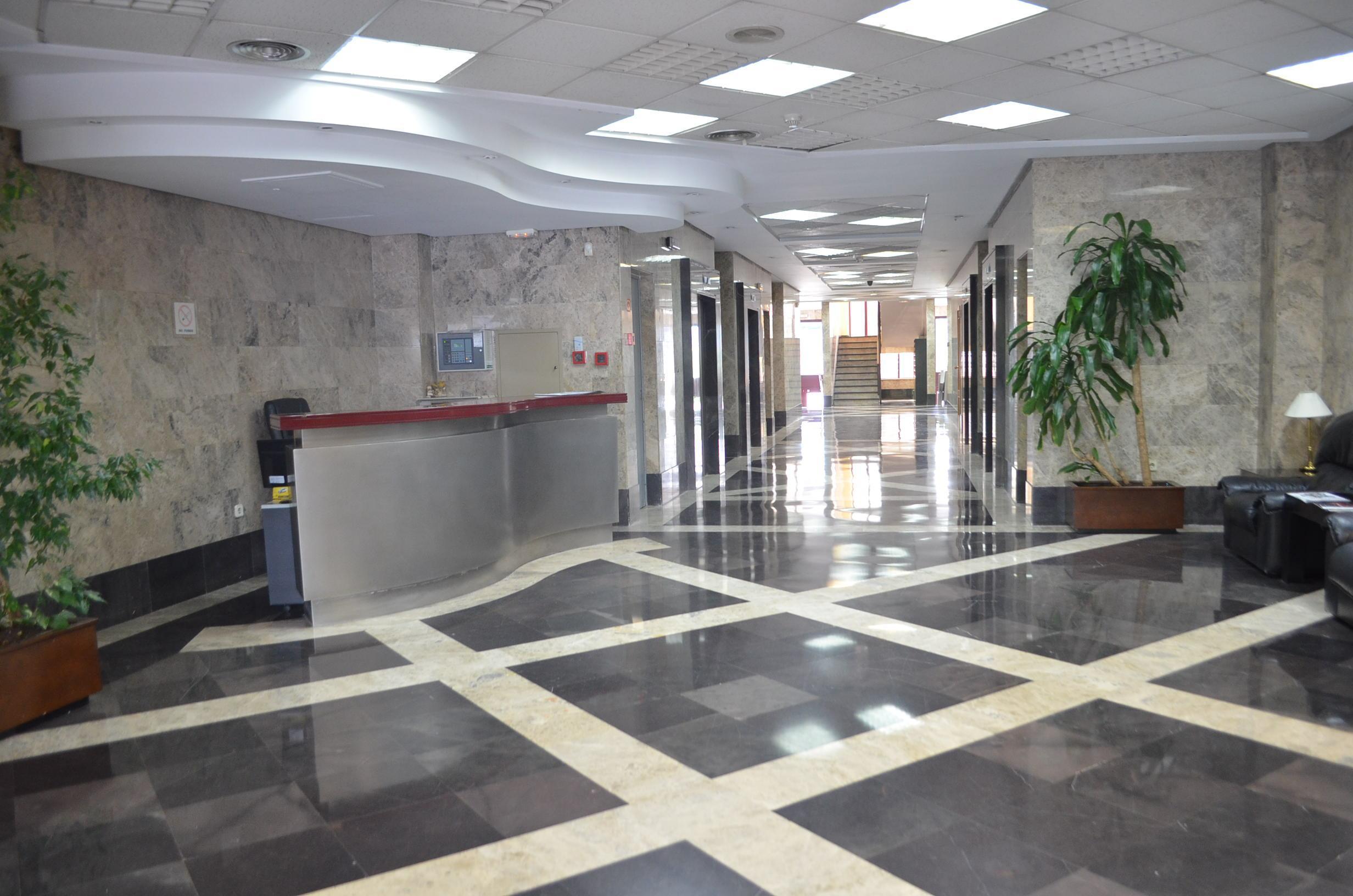 oficina las rozas de madrid alquiler 1500 euros zona las