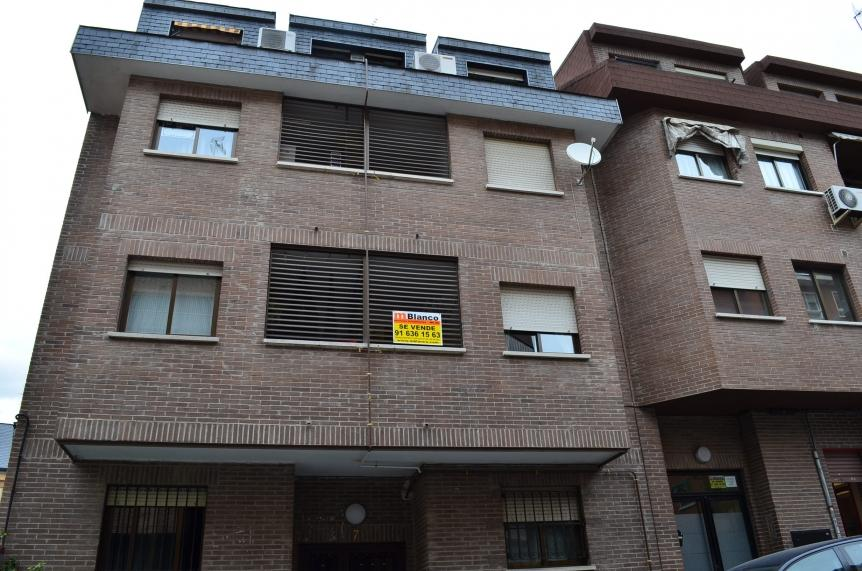 Piso las rozas de madrid alquiler 490 euros zona centro for Compartir piso madrid centro
