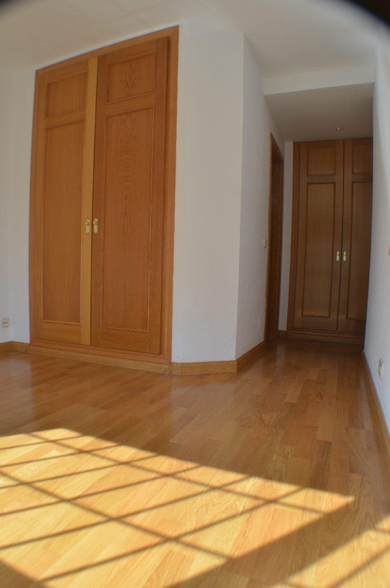 Piso las rozas de madrid alquiler zona centro mblanco - Compro piso en madrid zona centro ...