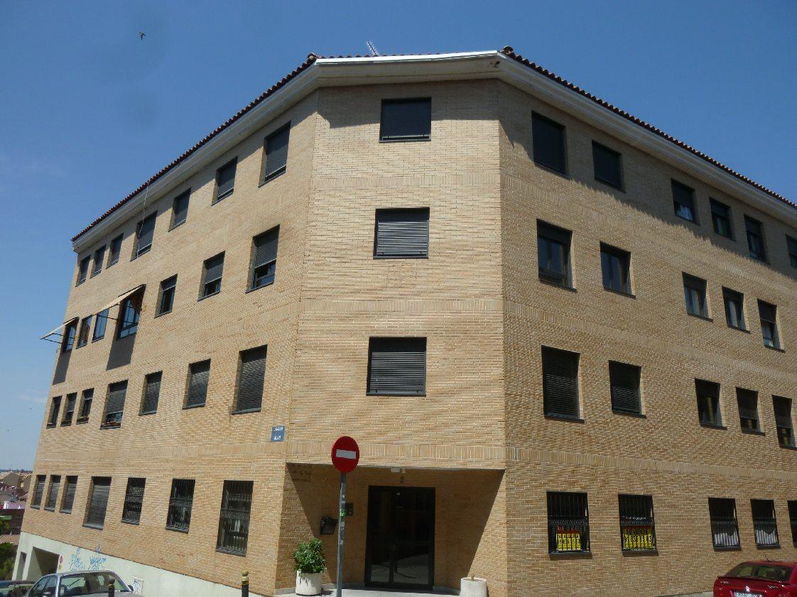 Piso las rozas de madrid alquiler 590 euros zona centro mblanco servicios inmobiliarios - Pisos en alquiler madrid centro ...