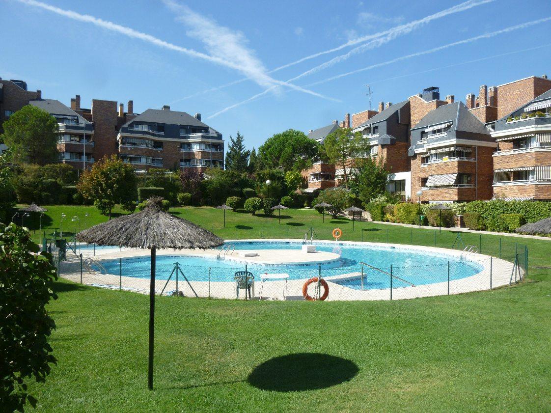 Piso las rozas de madrid alquiler 750 euros zona burgo parque par s mblanco servicios - Spa las rozas ...