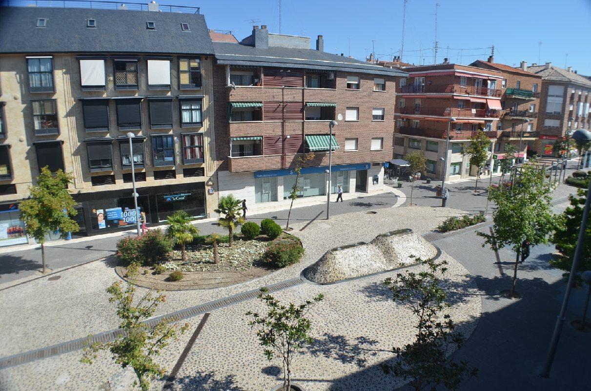 Piso las rozas de madrid alquiler 850 euros zona centro for Compartir piso madrid centro